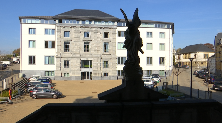 Suspicion de fraude électorale à Neufchâteau. Des documents saisis