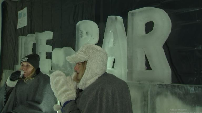 Houffalize : un ice bar au marché de Noël