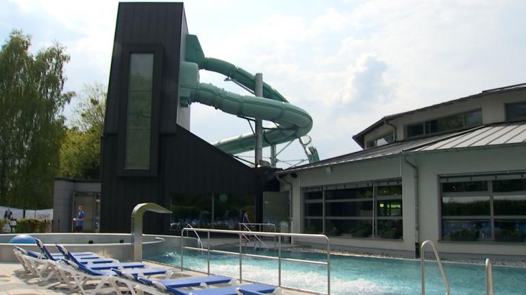 Deux nouveaux toboggans à la piscine de Redange (GDL)