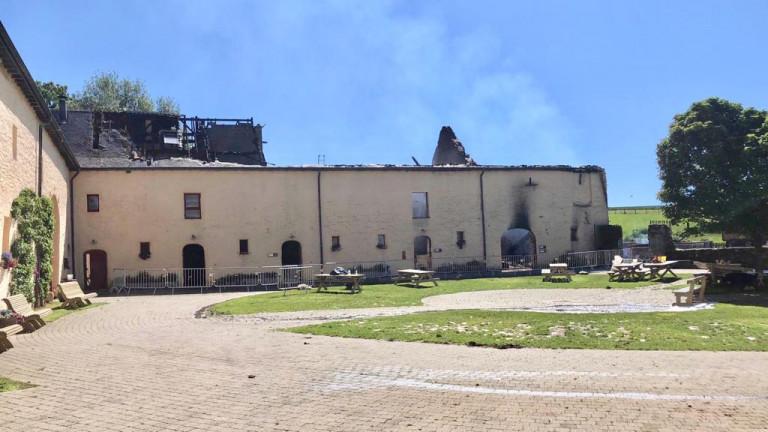 [Reportage] Juseret : gros incendie à la ferme pédagogique du Monceau cette nuit