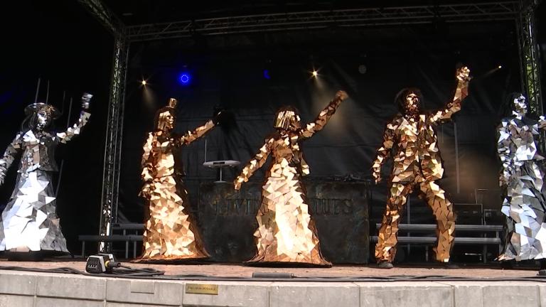 Statues en Marche a attiré 60.000 personnes