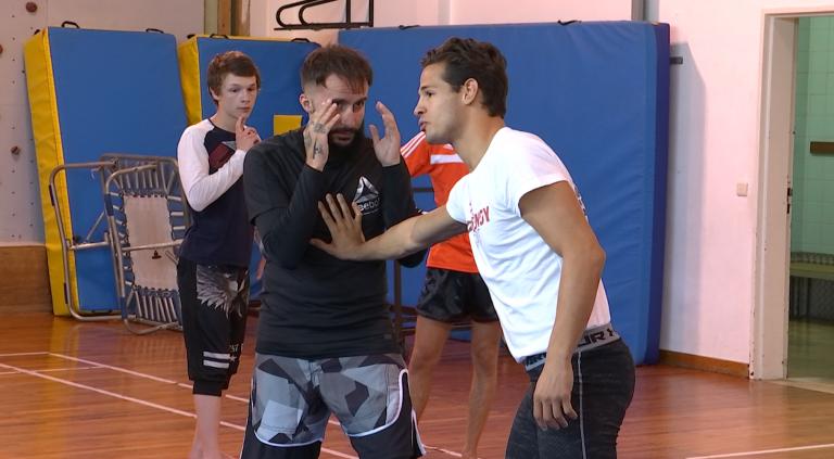 Barvaux : un ancien combattant UFC donne un stage MMA