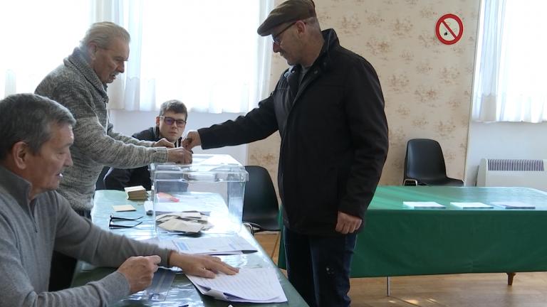 Elections municipales : Verneuil-Grand, petit village français aux mains des Belges