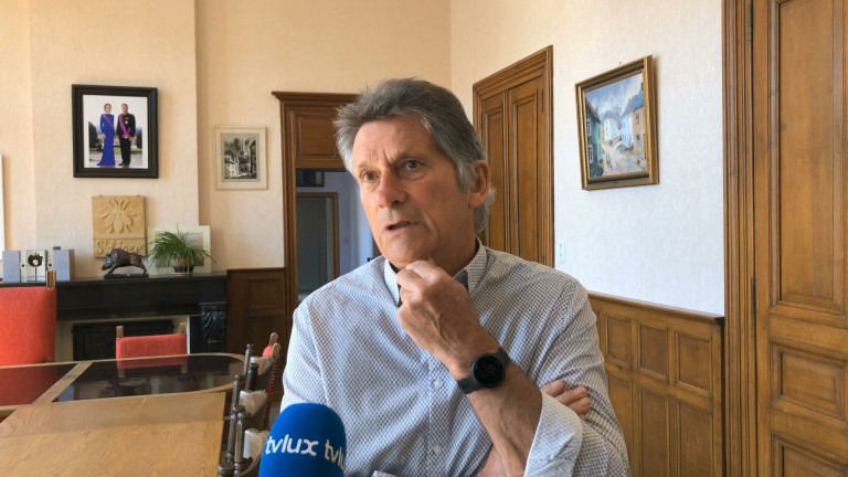 """Saint-Léger. Philippe Lempereur """"doit quitter toutes ses fonctions politiques"""""""