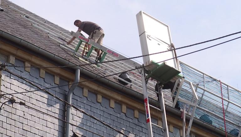 Des panneaux photovoltaïques sur l'église de Fauvillers pour alimenter la commune et le CPAS!