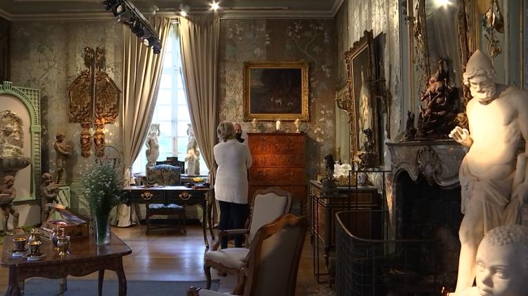 Hotton. Un salon d'art et d'antiquités au château de Deulin