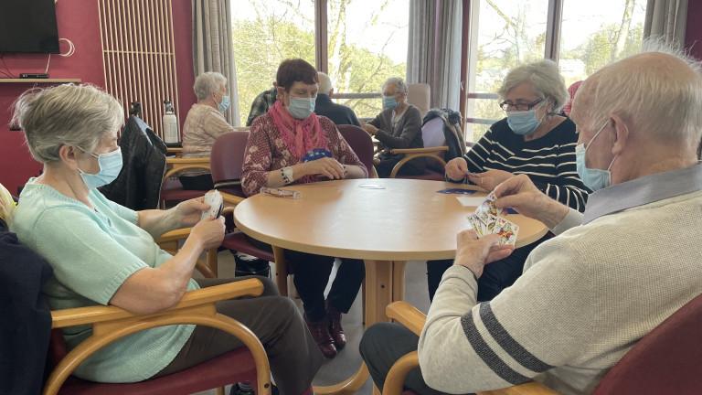 Règles assouplies en maison de repos : les résidents retrouvent le sourire à Houffalize