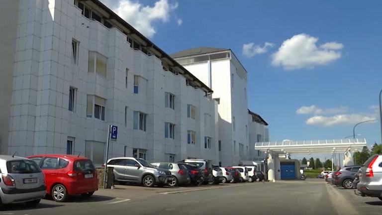 """Un fusion des hôpitaux pour éviter """"les décisions courageuses"""" estime Ecolo"""