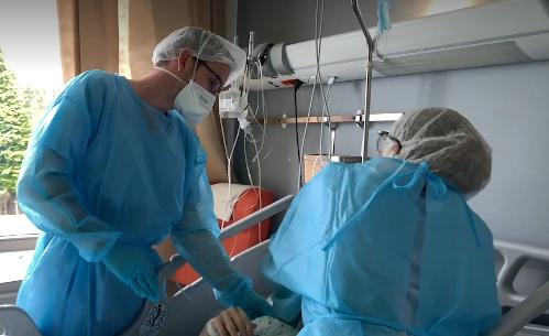 """Dans les hôpitaux de Vivalia, """"on est loin d'une troisième vague"""""""
