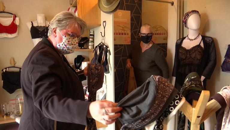 """Warnach. Annick De Jaeger a ouvert la boutique """"Perles et dentelles"""", spécialisée dans le post-opératoire"""