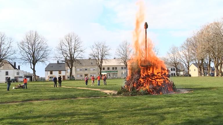 Fauvillers : ils ont mis le feu au bûcher
