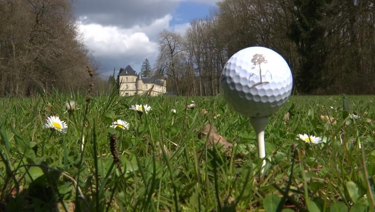 Le golf du château du Bois d'Arlon décroche son permis