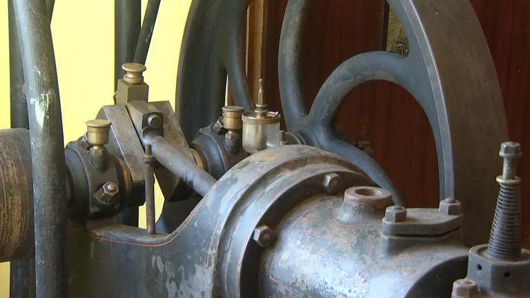 Un moteur d'Etienne Lenoir retrouve son village natal