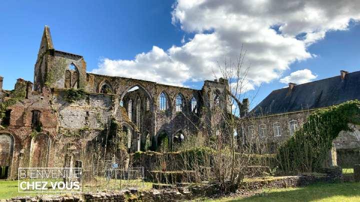 Bienvenue chez vous: de Thuin à l'Abbaye d'Aulne