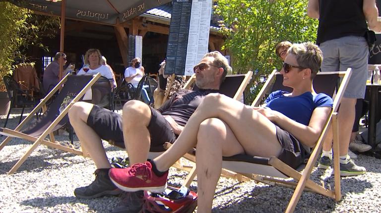 Du monde à La Roche pour la réouverture des terrasses