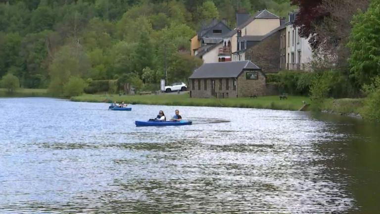 Bouillon. Des conditions idéales pour le kayak sur la Semois