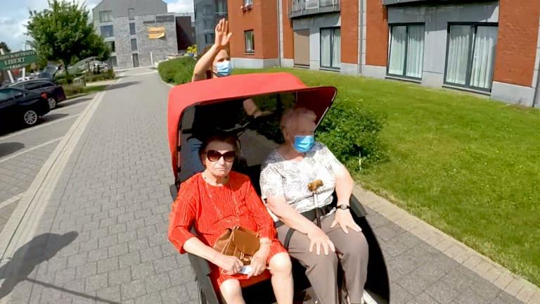 """Le """"vélo sans âge"""" rend nos aînés plus mobiles : le concept danois est testé à Marche et dans le pays de l'Ourthe"""