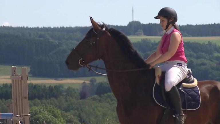Équitation: Reprise de la saison 2021 avec le Jumping d'Hatrival