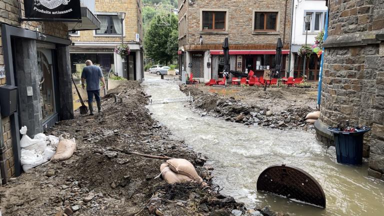 À La Roche, certains habitants et commerçants ont débuté le nettoyage. D'autres devront encore attendre