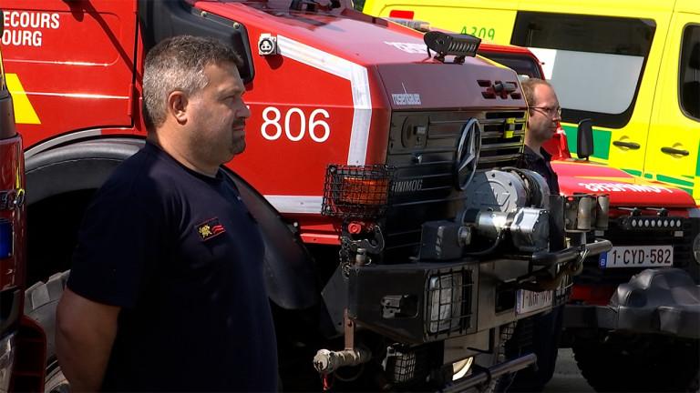 Deuil national : sirènes et minute de silence chez les pompiers d'Erezée