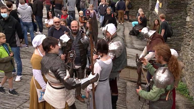 Le château de La Roche au temps des chevaliers