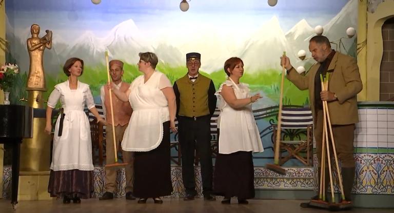 Érezée : les Troupateurs jouent Frou-Frou les Bains